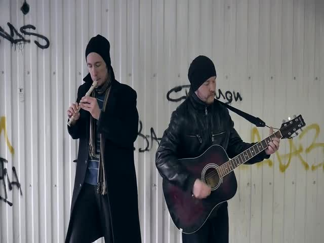 Талантливые уличные музыканты Волгограда