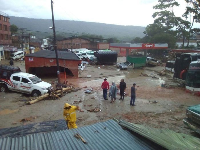 Масштабное наводнение в Колумбии (16 фото)