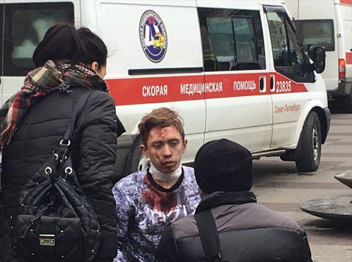 Взрывы на станциях метро в Санкт-Петербурге