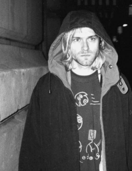 Жизнь и смерть лидера рок-группы Nirvana Курта Кобейна (50 фото)
