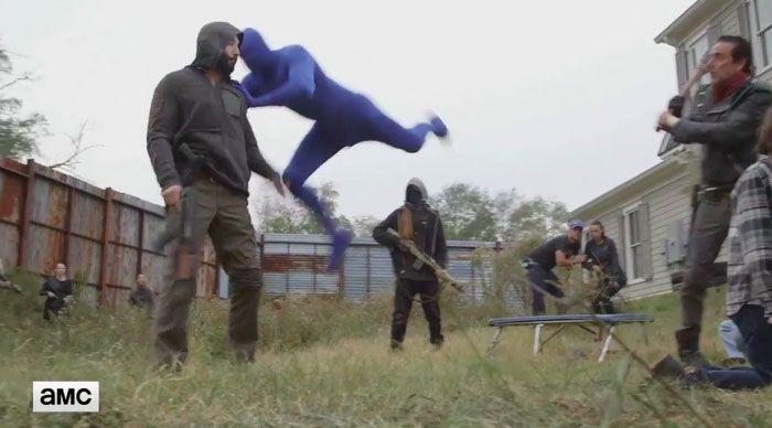 Как снимали один из эпизодов 7 сезона сериала «Ходячие мертвецы» (9 фото)