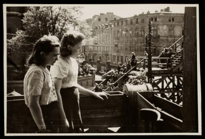 Жизнь польских евреев в гетто на фото Хенрика Росса (45 фото)