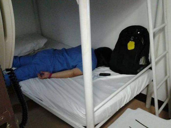 Уставшие медработники (47 фото)