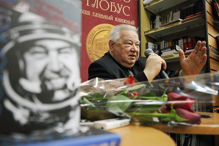 В возрасте 85 лет умер советский космонавт Георгий Гречко (14 фото)
