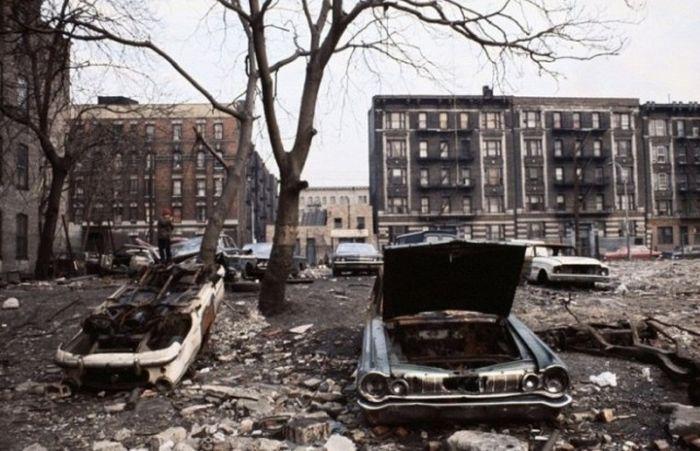 Обратная сторона Нью-Йорка 1970-х (13 фото)