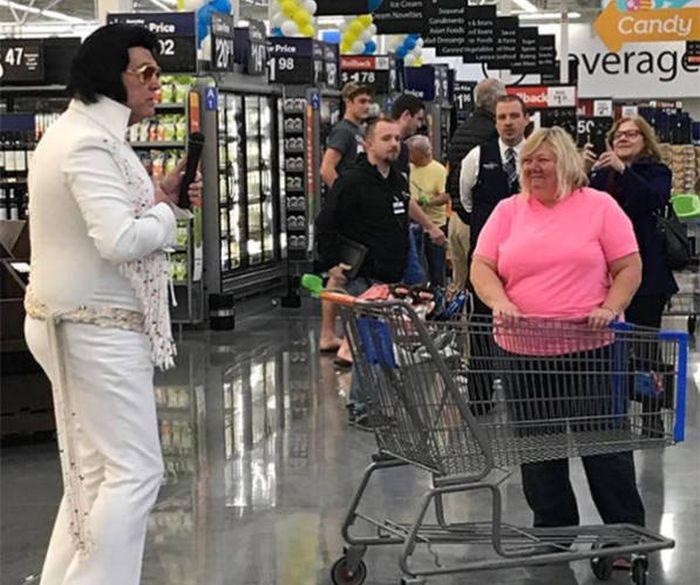 Смешные люди из супермаркетов. Часть 34 (47 фото)