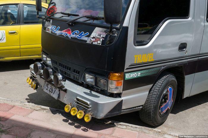 Небезопасный автотюнинг острова Тимор (28 фото)
