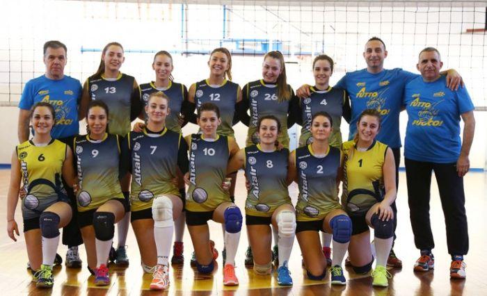 Итальянские волейболистки отметили победу откровенным фото (фото)