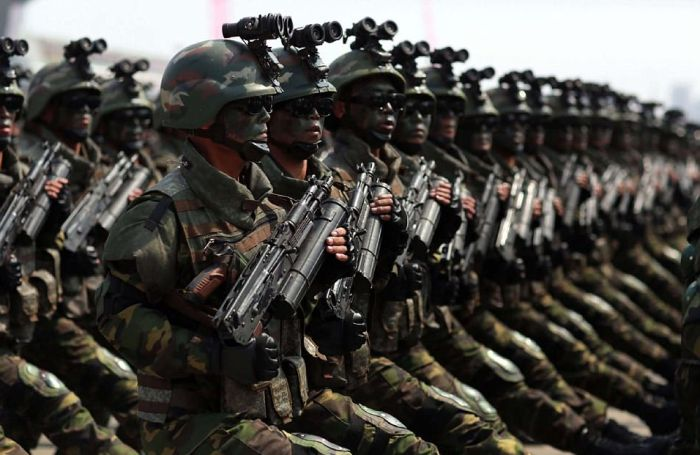 КНДР показала силы специального назначения (12 фото)