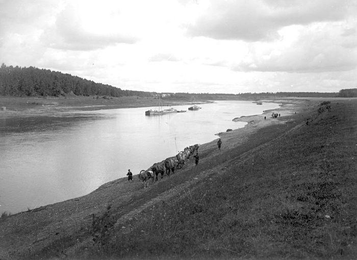 Волга от истока до Каспия на рубеже XIX и XX века (23 фото)