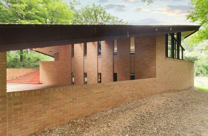 Уникальный дом, построенный архитектором Фрэнком Райтом, продают за 1,4 млн долларов (29 фото)