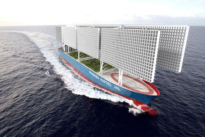 Корабль-тюрьма с открытыми камерами (8 фото)
