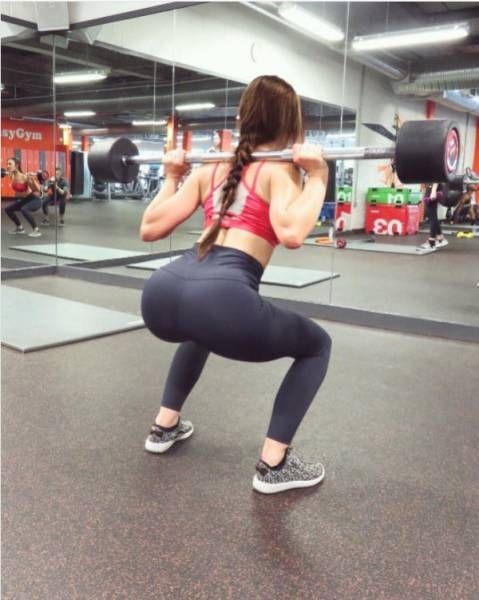 Девушка набрала 9 кг мышечной массы и получила идеальную фигуру (10 фото)