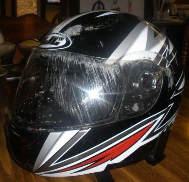 Почему так необходим шлем мотоциклисту или велосипедисту (15 фото)
