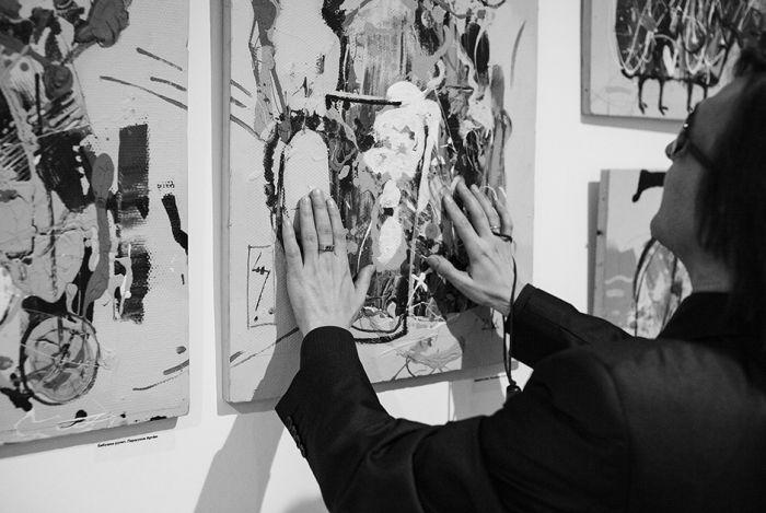 Удивительная жизнь екатеринбургского искусствоведа, лишившегося зрения (18 фото)
