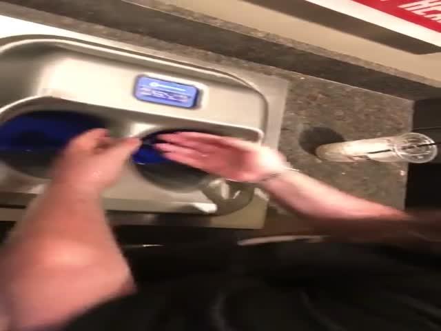 Современная мойка для рук