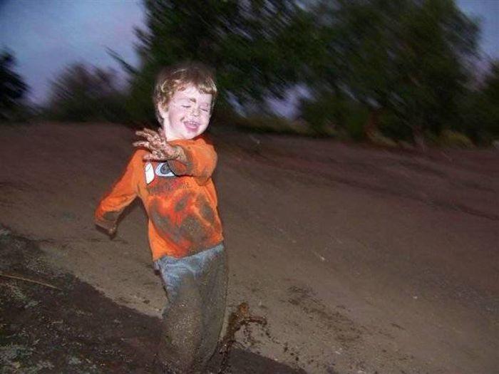 Дети проказничают (47 фото)