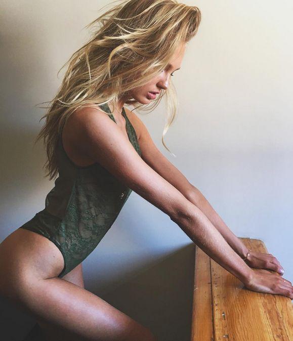 Роми Стрейд - очаровательный ангел Victoria's Secret (23 фото)