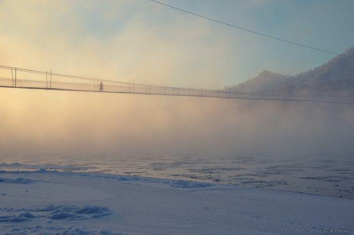 Висячие мосты в российской глубинке (22 фото)
