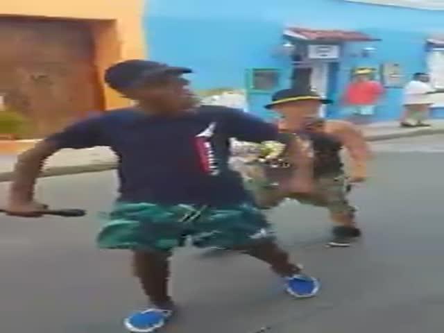Фристайл уличных рэперов