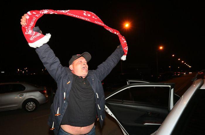 Болельщики «Спартака» отпраздновали досрочное чемпионство в чемпионате России (34 фото + 2 видео)