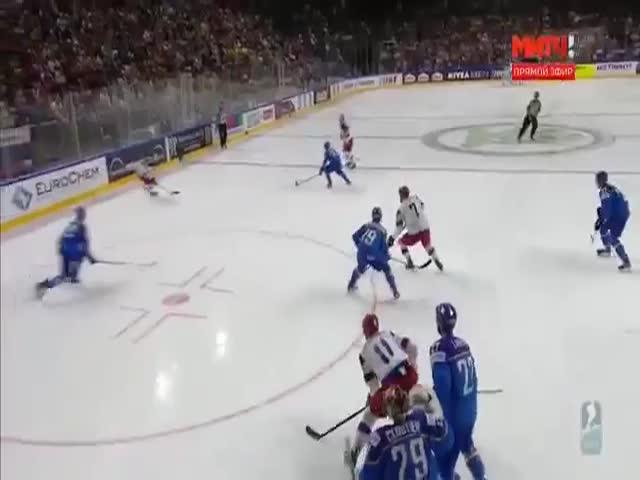 На ЧМ-2017 сборная России по хоккею разгромила Италию со счетом 10:1