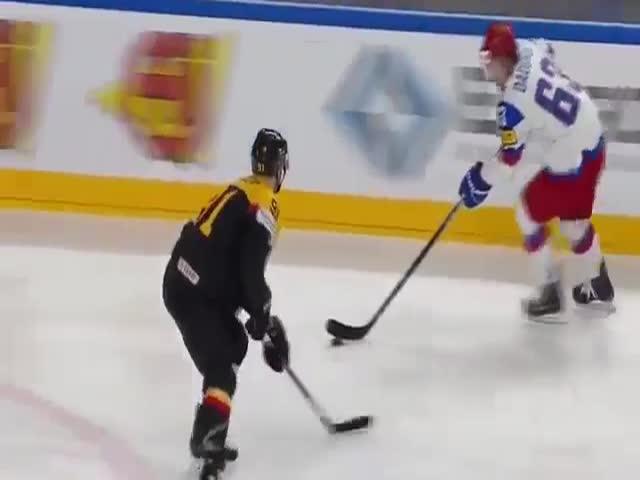 Сборная России по хоккею обыграла сборную Германии со счетом 6:3