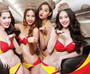 Экс-стюардесса поделилась фото самых отвратительных пассажиров самолетов (27 фото)