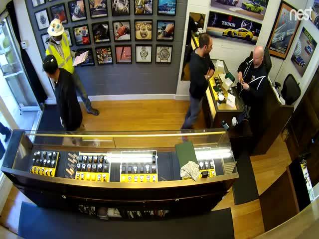 Ограбление магазина элитных часов