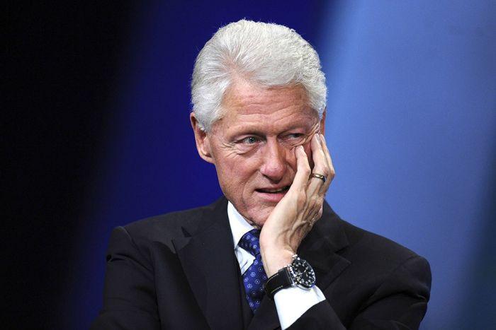 Кому на этом фото жмет руку Джон Кеннеди? (2 фото)