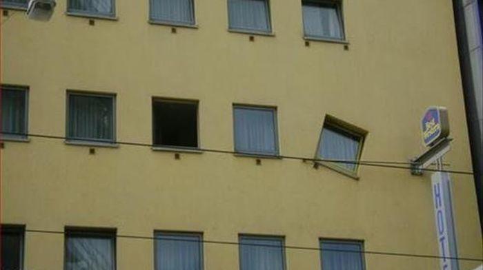 Провалы строителей (32 фото)