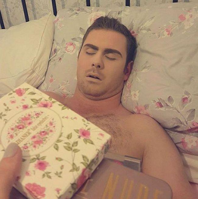 Британка отомстила парню, пропустившему запланированное свидание (8 фото + видео)