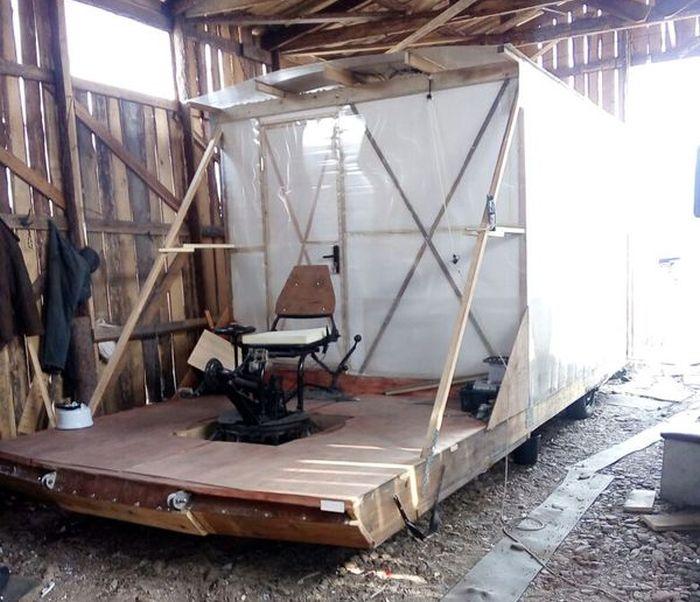 Самодельный мобильный дом на велотяге (9 фото)