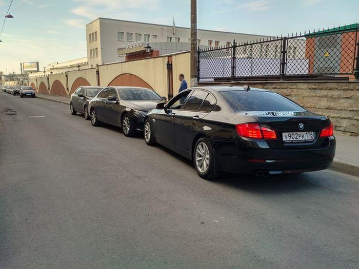 Неадекватные парни на BMW (6 фото)