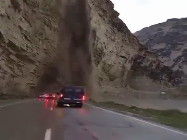 Грязевой водопад в Дагестане