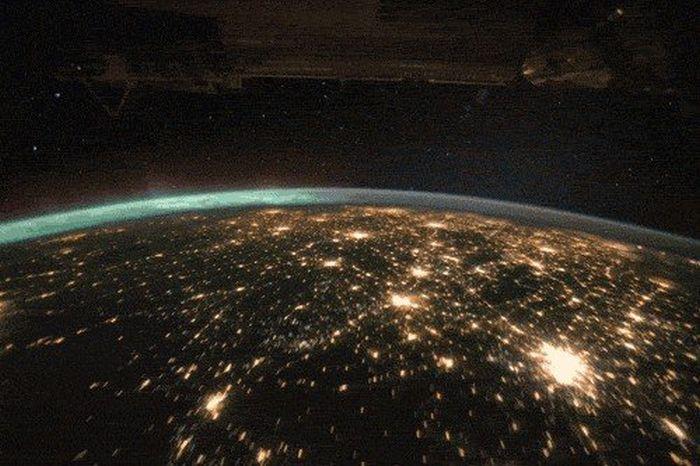 Невероятный космос (14 гифок)