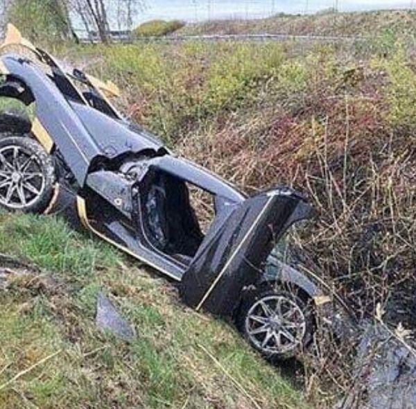 Разбитый перед передачей клиенту гиперкар Koenigsegg Agera RS Gryphon заменят на новый (2 фото)