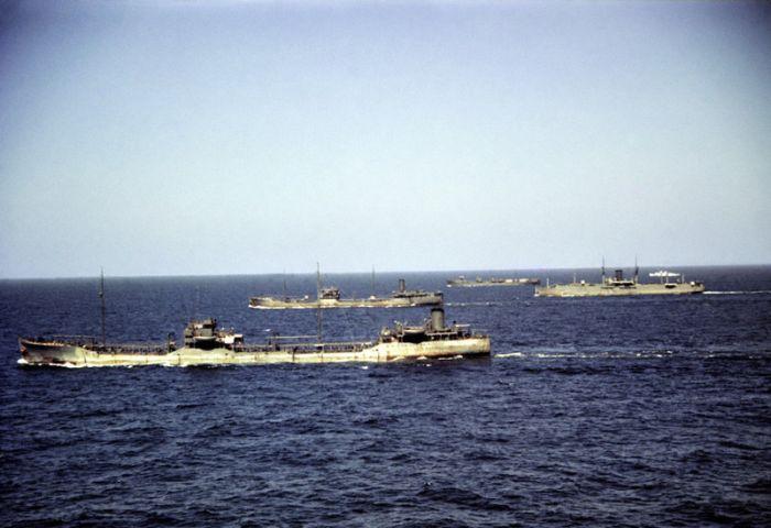 Атлантический конвой на фото Роберта Капы (32 фото)