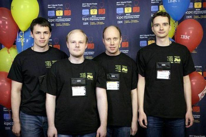 На чемпионате мира по программированию команда Университета ИТМО заняла первое место (2 фото)