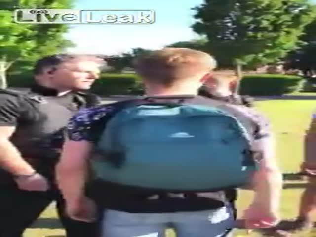 Полицейские применили силу к буйным подросткам