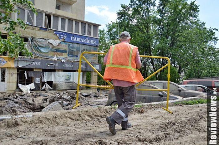 Прорыв магистрального трубопровода в Киеве (5 фото + видео)