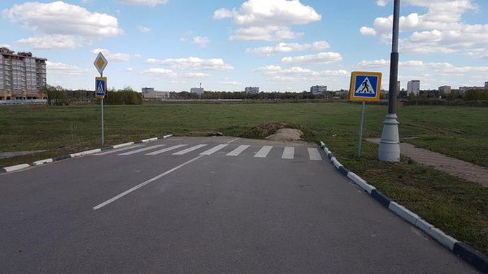 Суровые российские пешеходные переходы (18 фото)