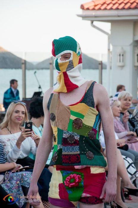 Самые необычные наряды модного показа Berdyansk fashion day (16 фото)