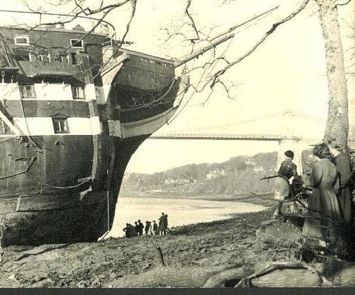 wooden_ships_12.jpg