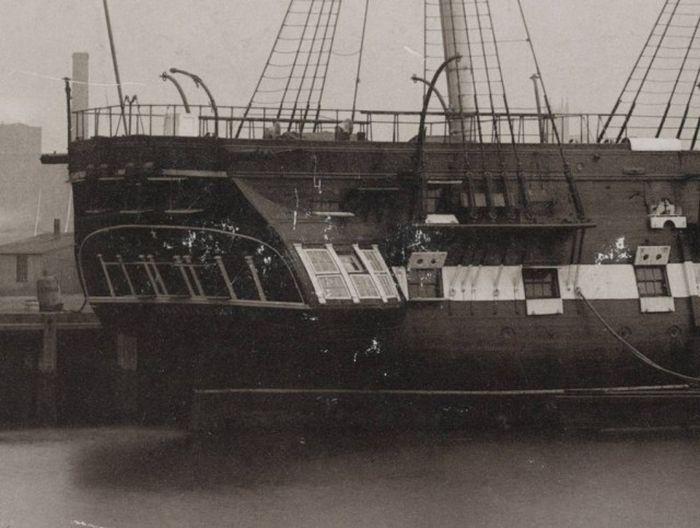 wooden_ships_13.jpg