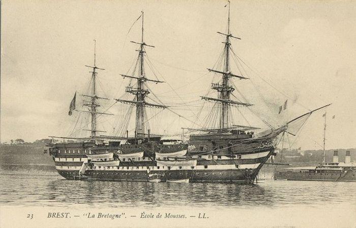wooden_ships_14.jpg