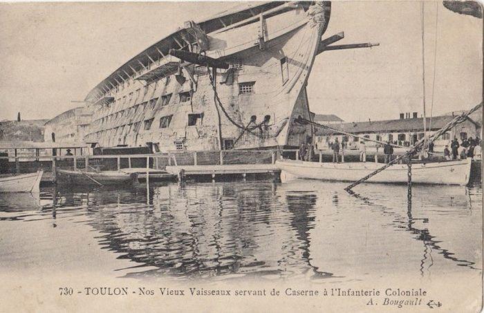 wooden_ships_15.jpg