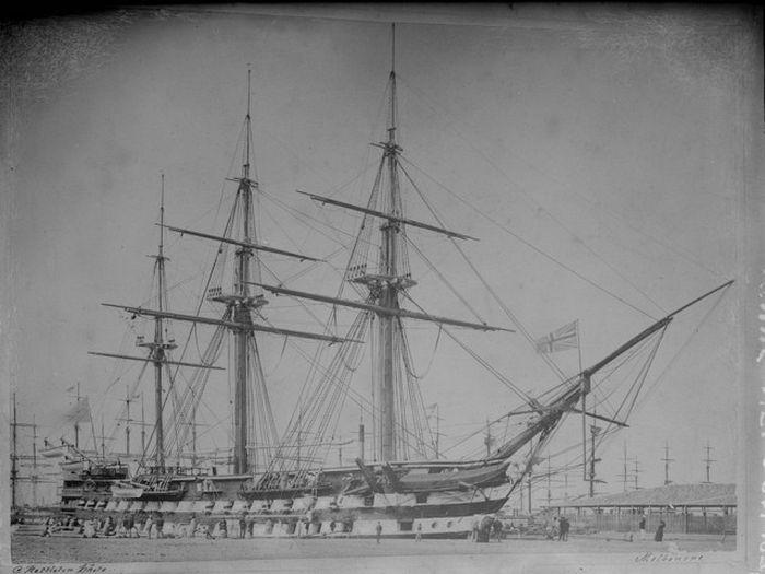 wooden_ships_16.jpg