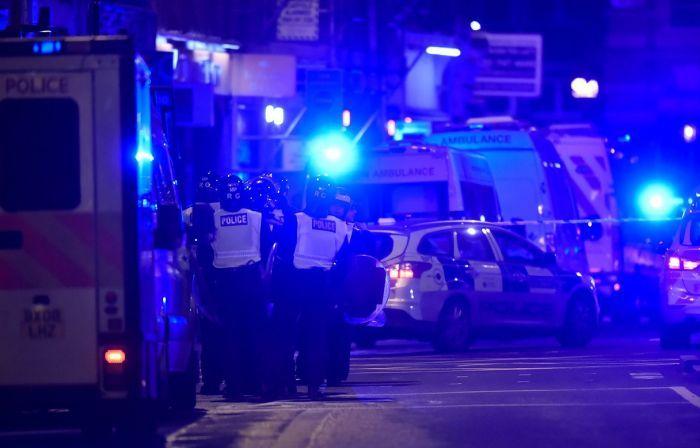Террористы ИГИЛ устроили очередной теракт в Лондоне (17 фото + 3 видео)