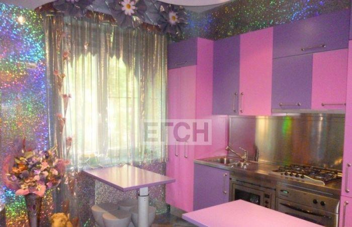 Необычный интерьер московской квартиры (4 фото)